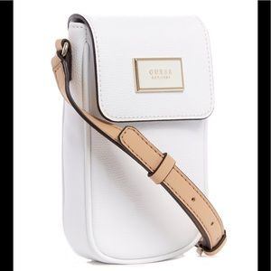 Guess NWT crossbody phone wallet purse white